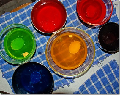 eggs-dyeing